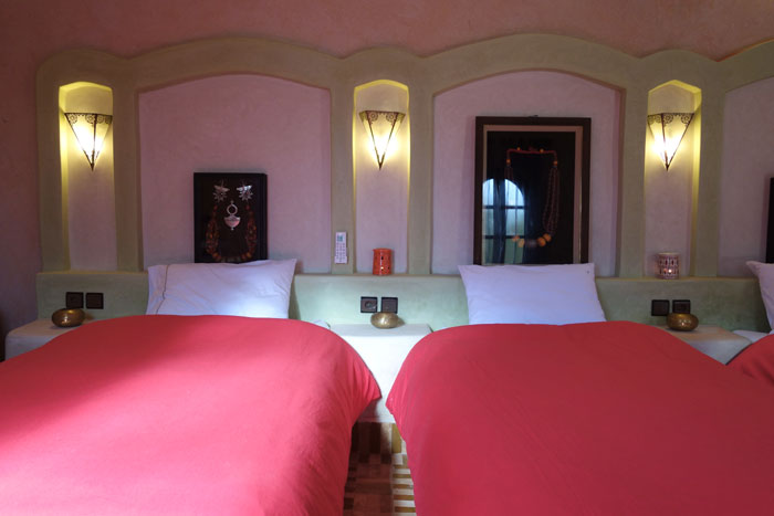 Twin room at Desert Hotel Auberge Cafe du Sud