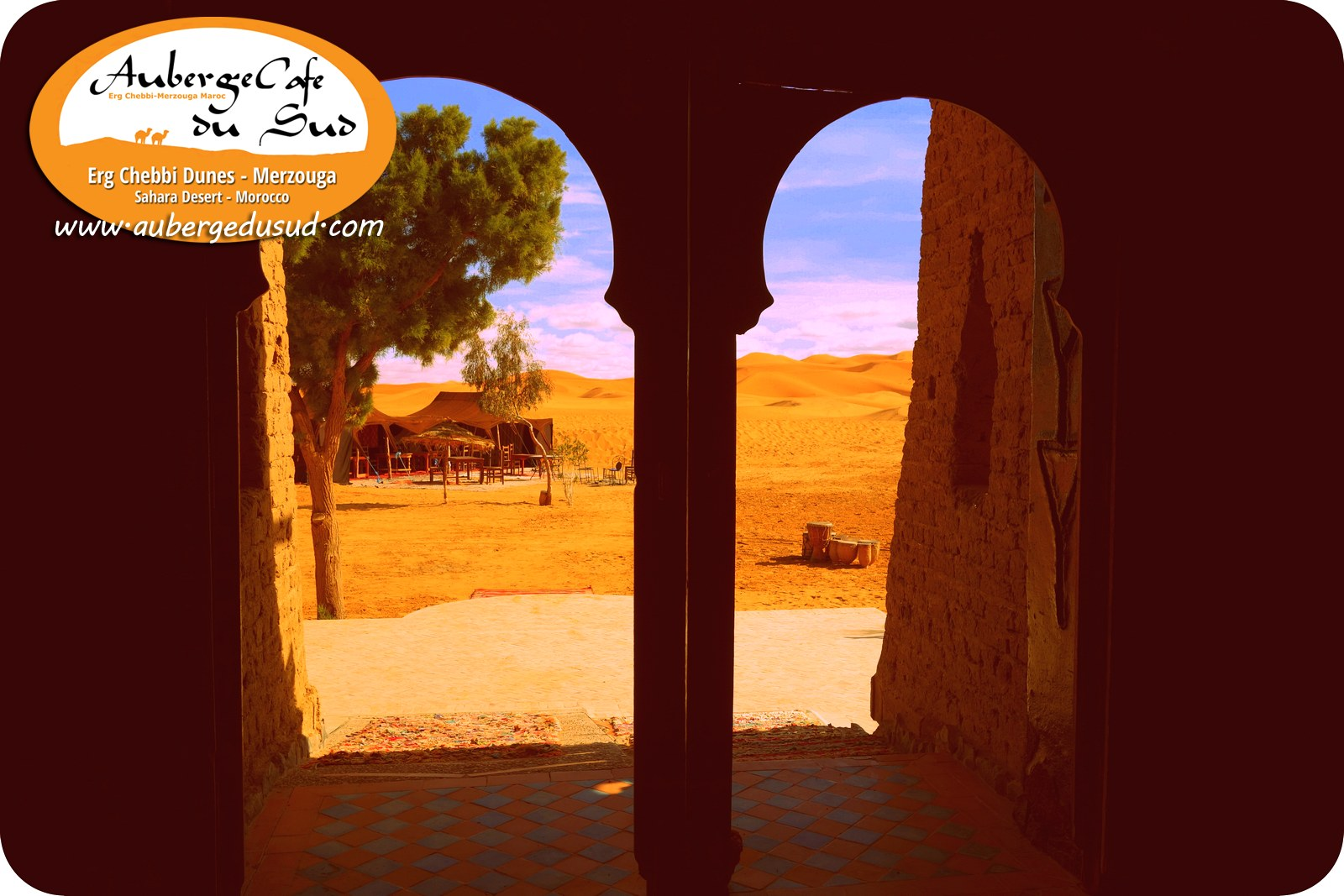 🐪 Auberge Front Door View To The Dunes